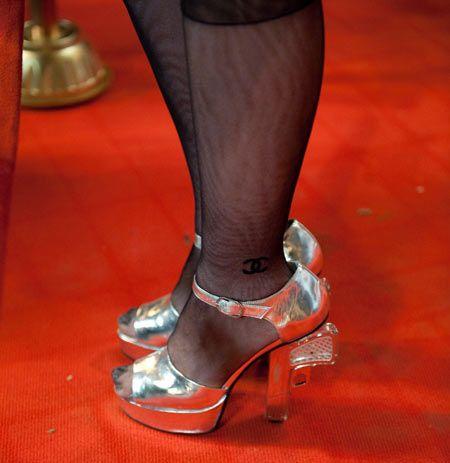 Смотреть фото в колготках и туфлях, порно актриса чехова