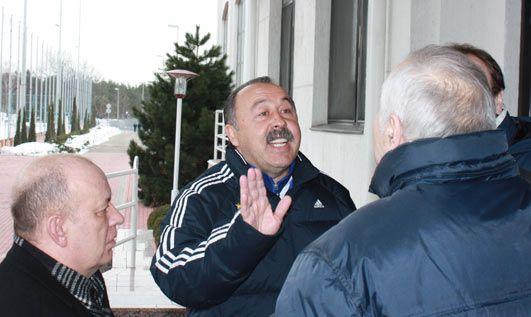 Как Валерий Газзаев собирается наводить порядок в