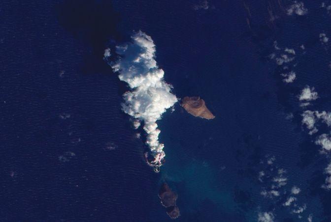 В Красном море образовался новый остров (ФОТО)