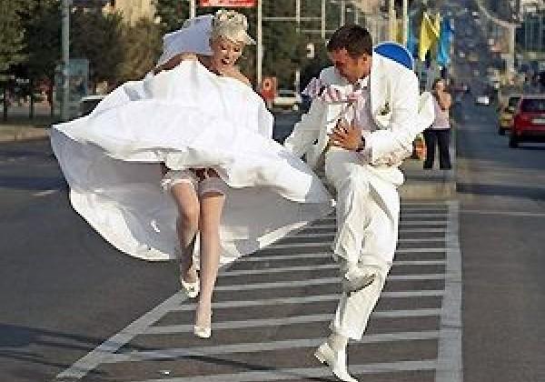 Невесты в трусиках и без — pic 10