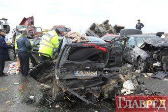 В Греции произошло крупное ДТП: столкнулись 27 машин