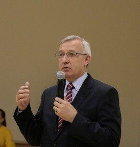 Министр культуры предложит строить новые дороги