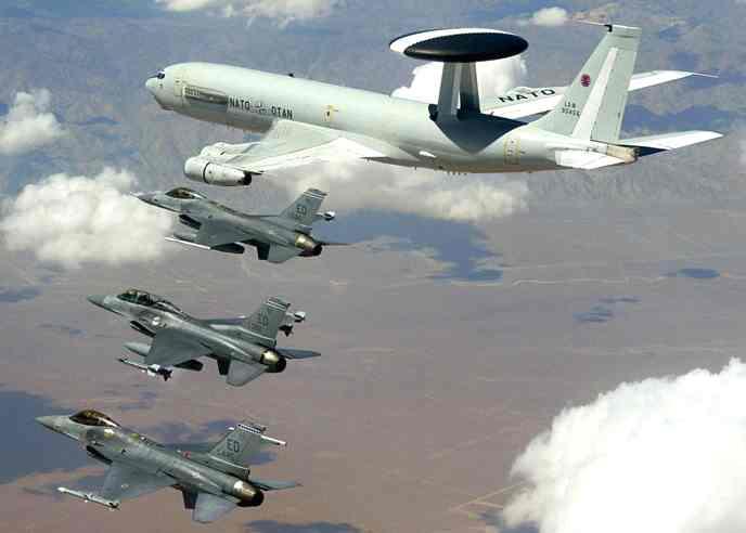 Самолеты НАТО могут прикрыть сирийских повстанцев