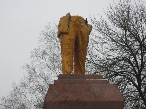 Ахтырский памятник Ленину