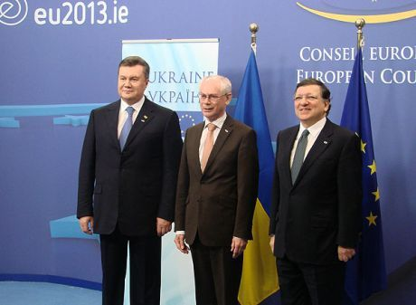Янукович, Ромпей и Баррозу
