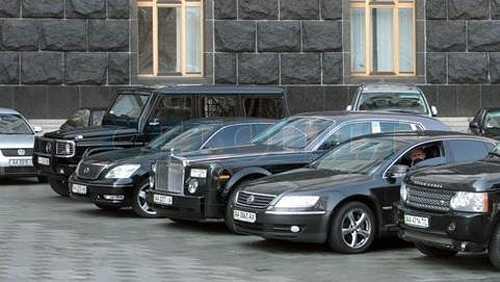 Ремонт11 машин из Рады обойдется в миллион гривен