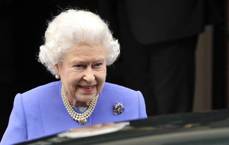 Елизавета II посетила госпиталь Эдварда VII