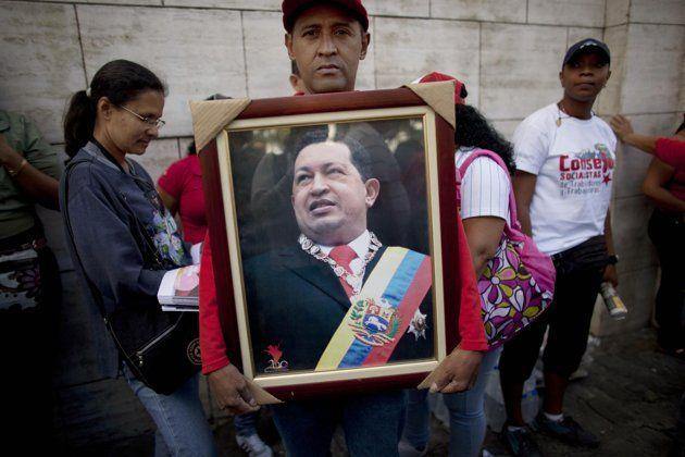 Венесуэла объявила 7-дневный траур