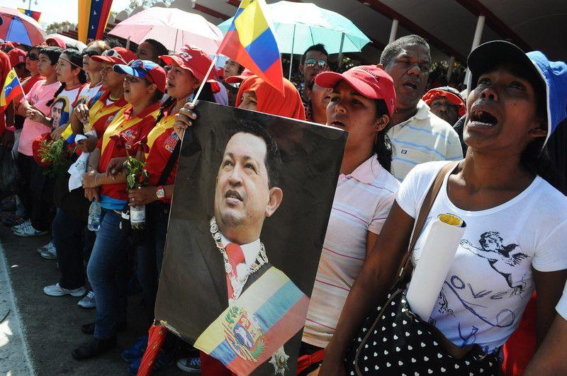 Мумию Чавеса могут сделать асы из России