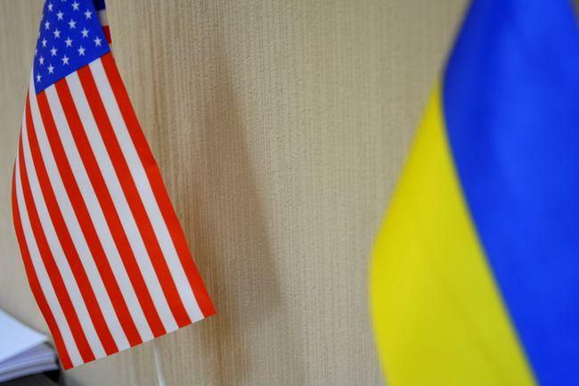 США будут наращивать военную помощь Украине