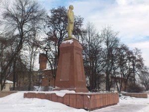Восстановленный памятник Ленину