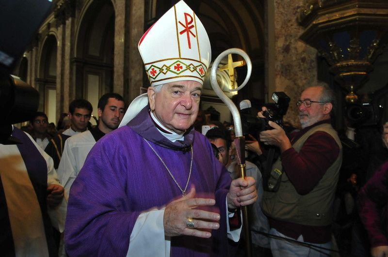 Папский нунций в Аргентине, швейцарец Эмиль Поль Шериг в Кафедральном соборе Буэнос-Айреса