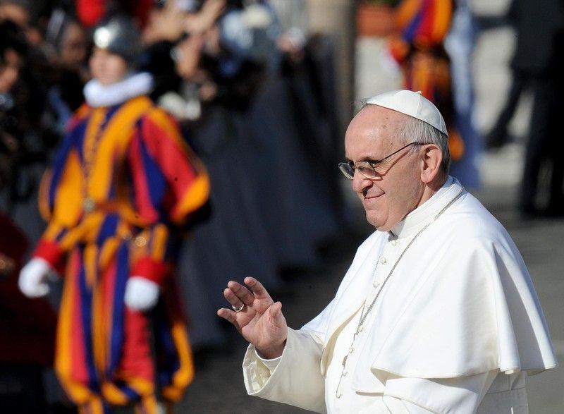 Франциск намерен бороться с коррупцией в банке Ватикана