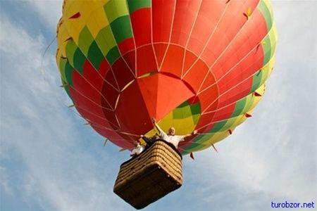 Воздушный шар упал из-за шквалистого ветра