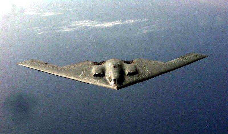 В бомбардировках уже принимают участие самолеты США и Великобритании