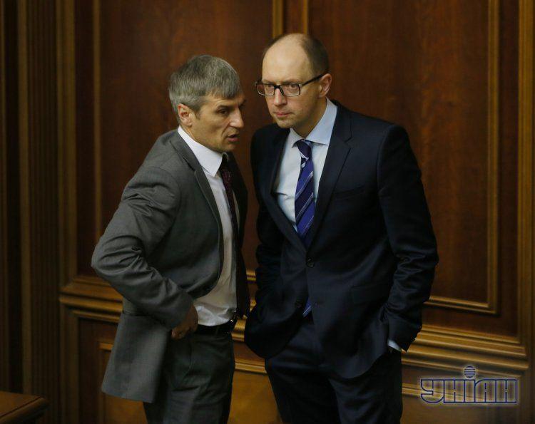 Яценюк не хочет отставки Кошулинского
