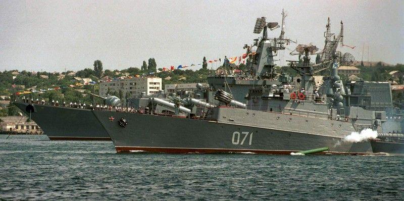 Боевые корабли ЧФ России после учений вернулись в Севастополь