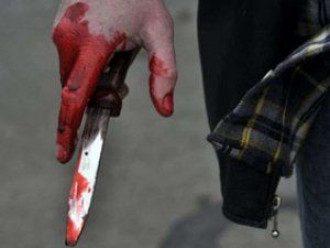 Окровавленный нож, иллюстрация
