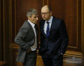 Регаоналы требуют отставки Кошулинского, оппозиция  - против