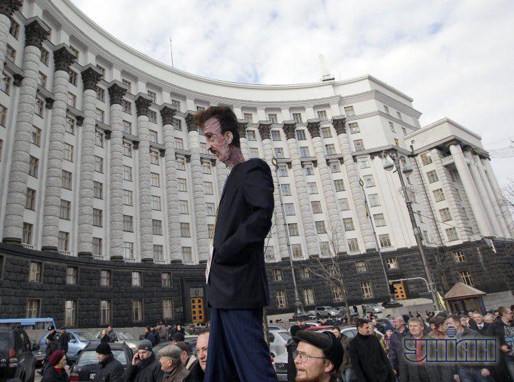 Митинг 2 апреля не подвиг депутатов назначить выборы в Киеве
