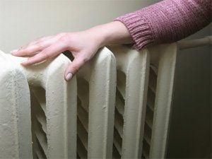 Украинцам могут снизить температуру в помещениях