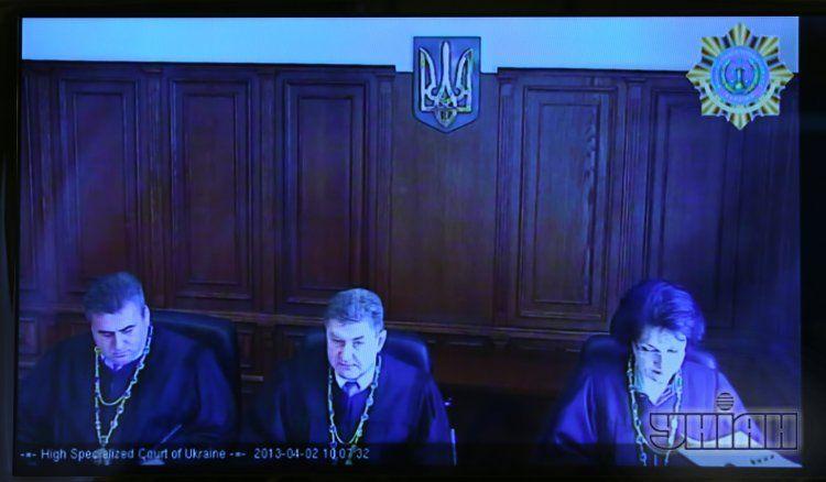 Суд решил, что Луценко должен выплатить МВД чуть более 600 тыс. грн