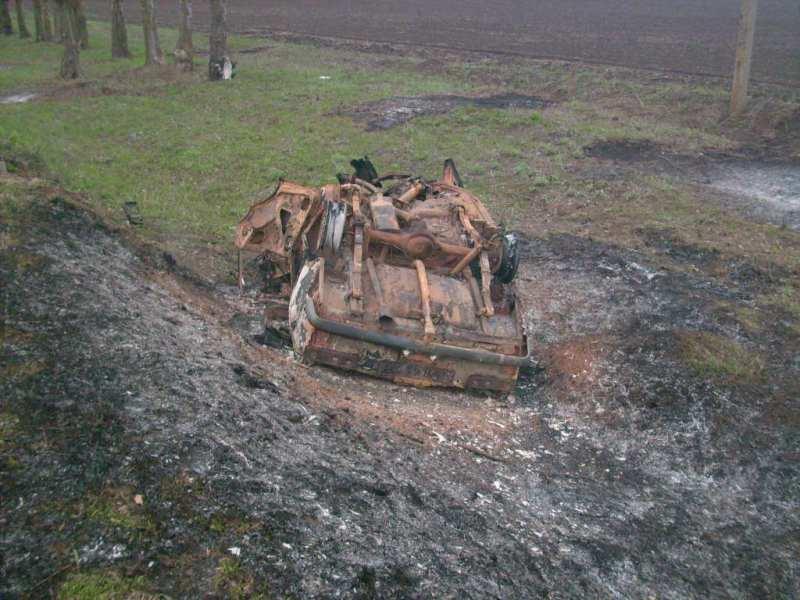 «Иж-412» сгорел полностью