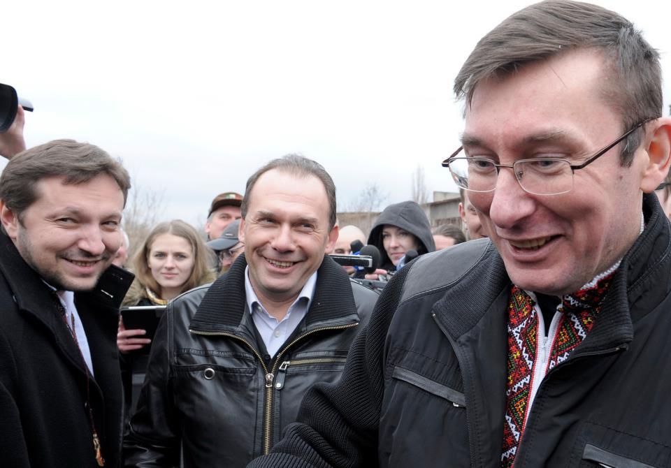Стець (слева) полтора года ждал, пока Луценко выйдет на свободу