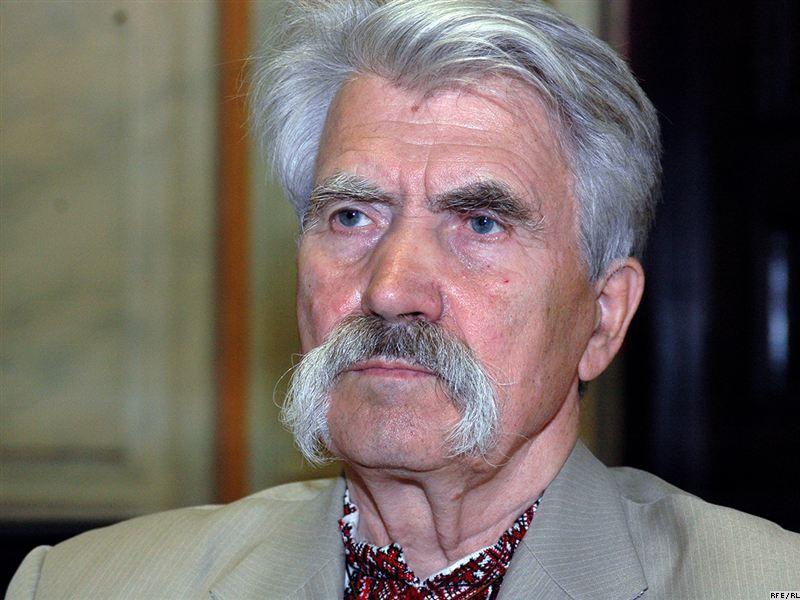 84-летний Лукьяненко решил уйти из политики