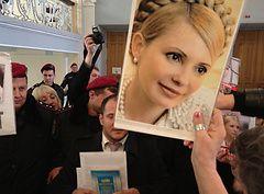 Тимошенко хочет встретиться с больной матерью