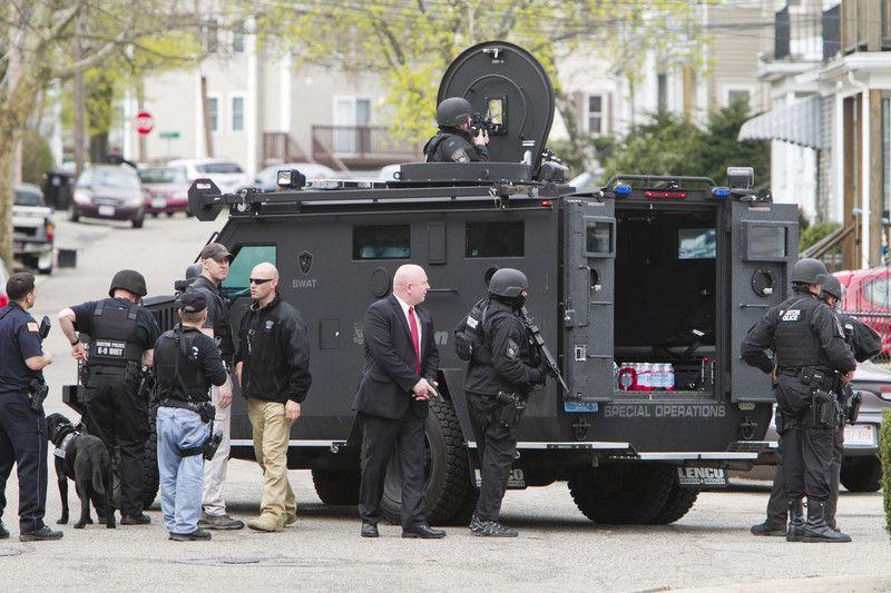Квартиру бостонских террористов брали штурмом