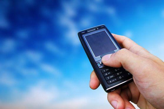 Из-за чрезмерного использования мобилок может меняться поведение людей, предупредила Ульяна Супрун
