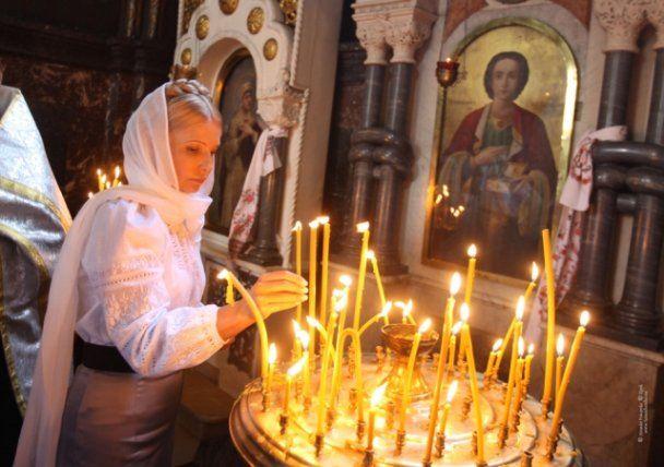 Юлия Тимошенко в церкви
