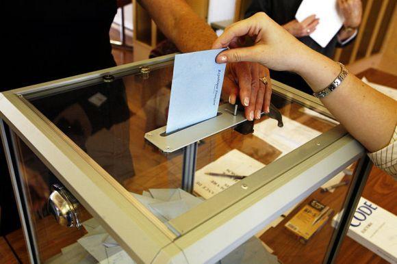 Перевыборы в проблемных округах могут пройти 27 октрября