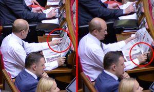 Голосует Дмитрий Шлемко