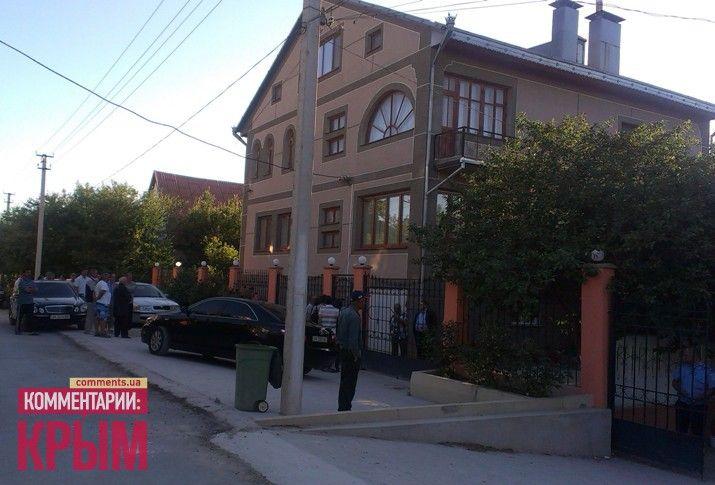Роковой выстрел прозвучал во дворе дома Джемилевых