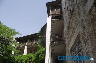 Роковой балкон санатория