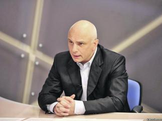 Александр Тимошенко не говорит прямо, чем занимается