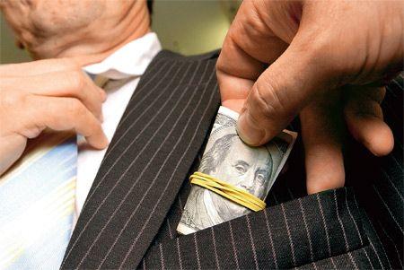 Эксперт рассказал о высоком уровне коррупции в Украине
