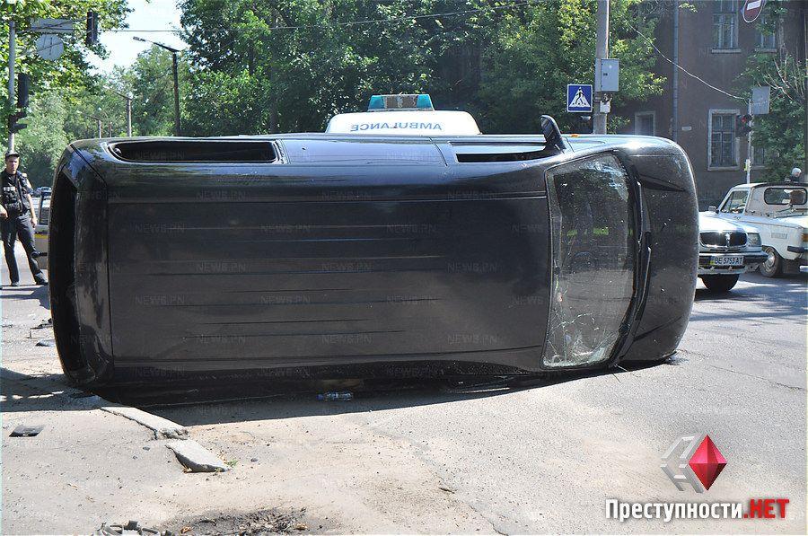 В аварии пострадали 7 правоохранителей.