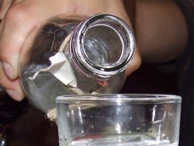 Стакан с водкой