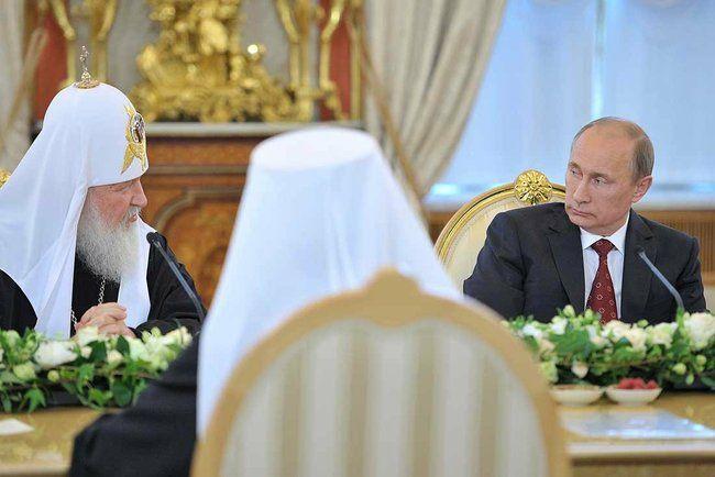 Путин и патриарх Кирилл во время встречи