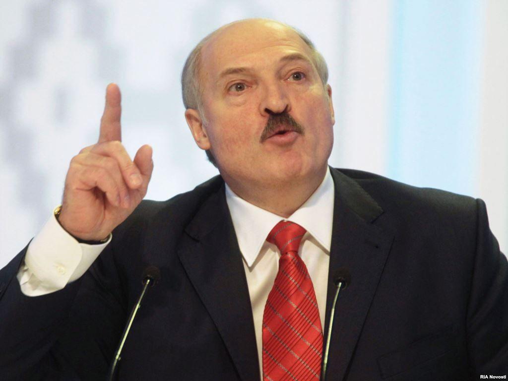 Лукашенко поведал об украинских