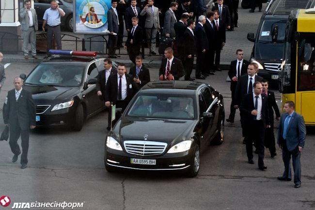Приезд патриарха Кирилла в Киев