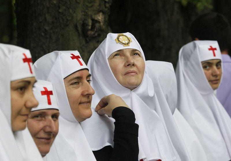 Православные верующие отмечают 1025-летия крещения Киевской Руси