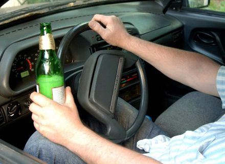 Водій з пивом