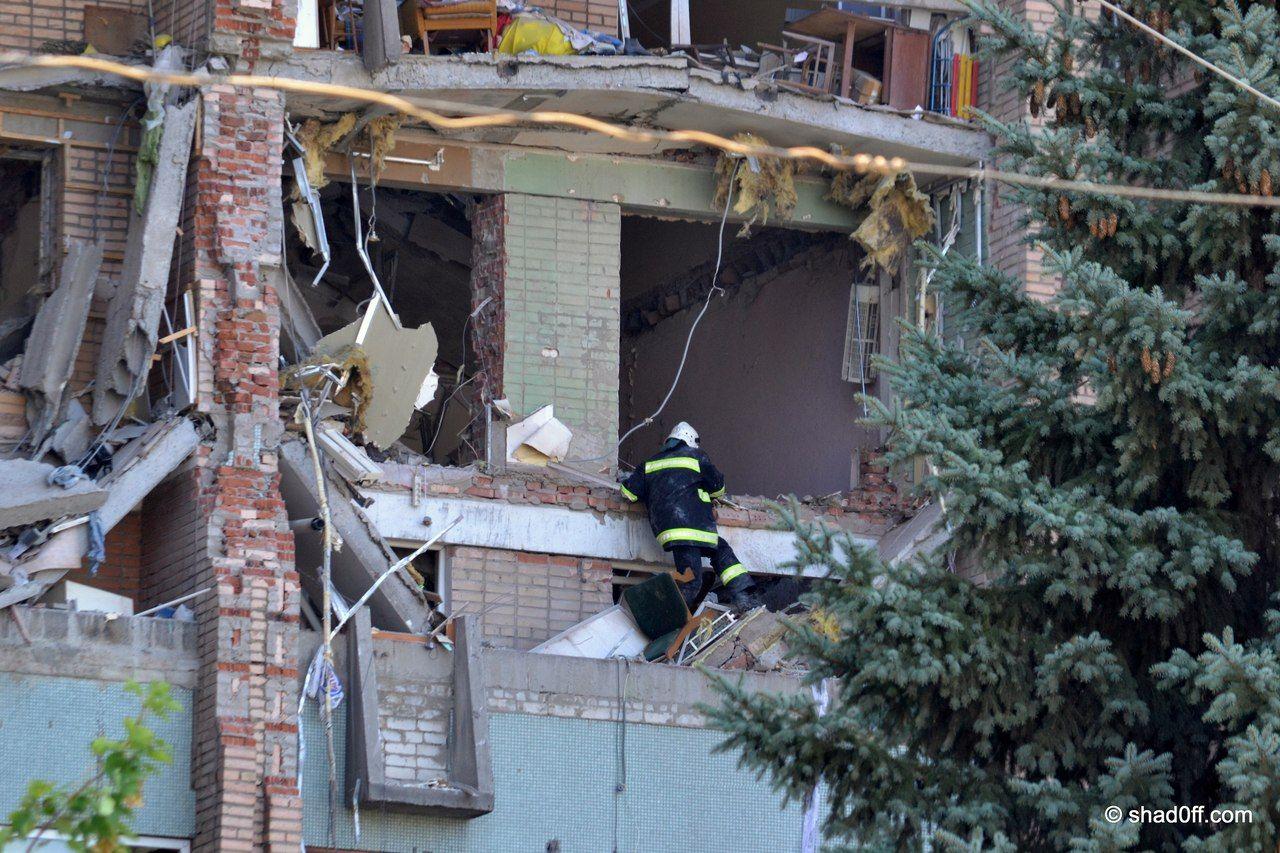 Взрыв дома в Луганске