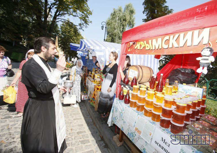 Как Украина отмечала Медовый спас: опубликованы фото
