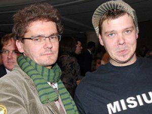 Польские журналисты Куба Воевудский и Михал Фигурский