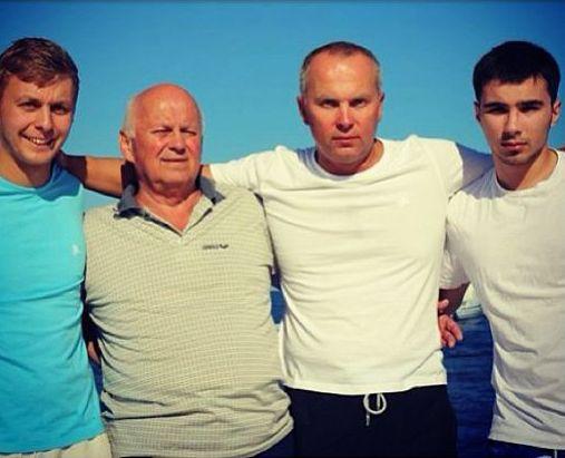 Нестор Шуфрич с семьей